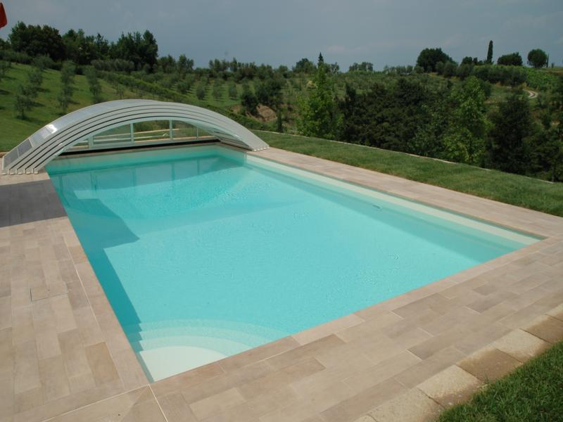 Realizzazione ed installazione di piscine complete di accessori installazione piscine fuori - Piscina skimmer ...